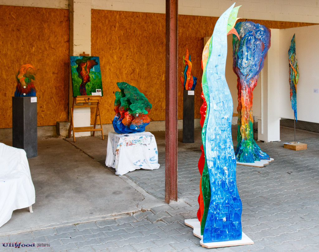 """Zum Verkauf stehende Sculptures unter der Rubrik """"Vakant"""""""