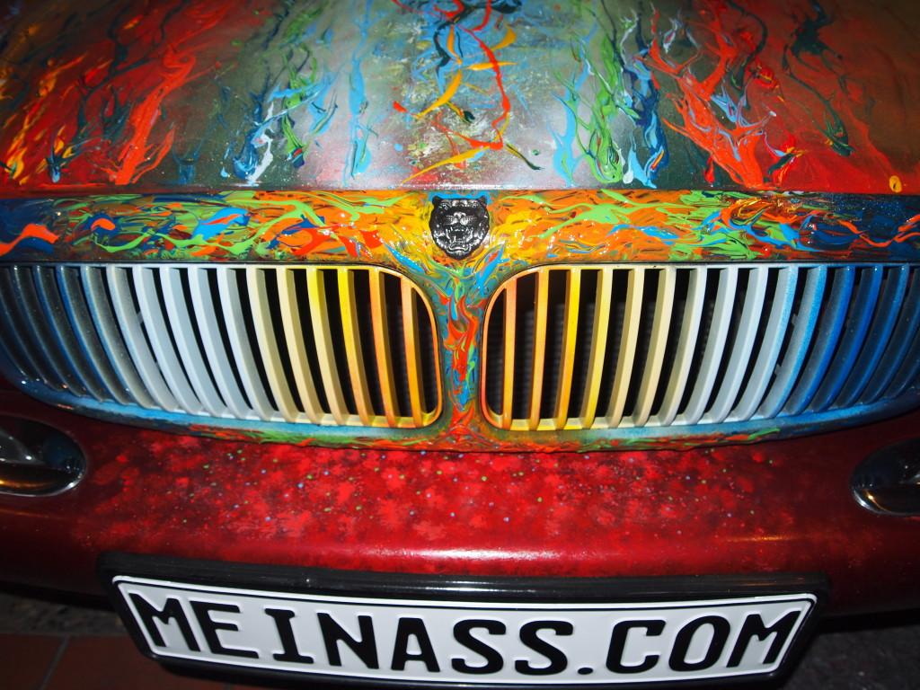 Detailgestaltung: Kühlergrill Jaguar XJ - Kunst am Auto